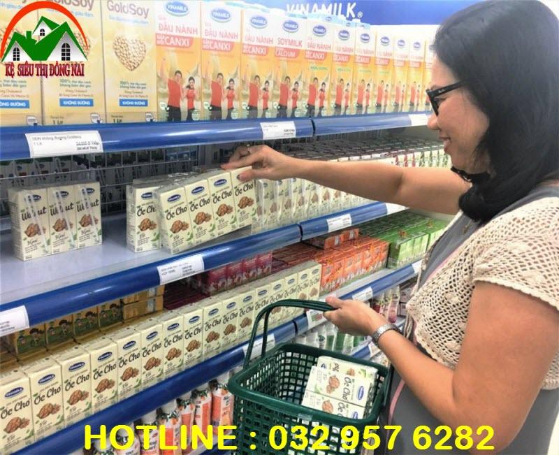 Kệ sữa tại Đồng Nai
